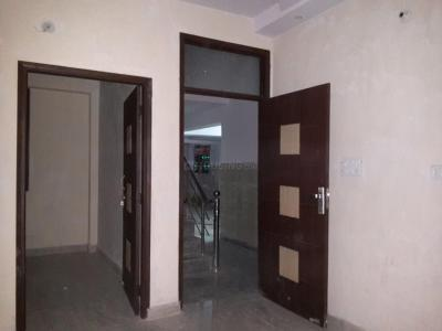 Gallery Cover Image of 450 Sq.ft 2 BHK Apartment for rent in Matiala for 7500