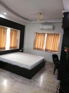Gallery Cover Image of 1000 Sq.ft 4 BHK Apartment for rent in New Town for 70000