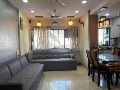 Gallery Cover Image of 2045 Sq.ft 3 BHK Apartment for buy in Prabhadevi for 75000000