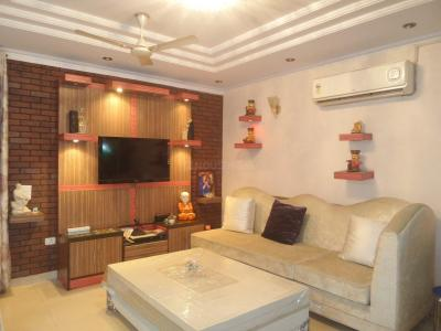 Gallery Cover Image of 900 Sq.ft 2 BHK Independent Floor for buy in Lajpat Nagar for 9000000