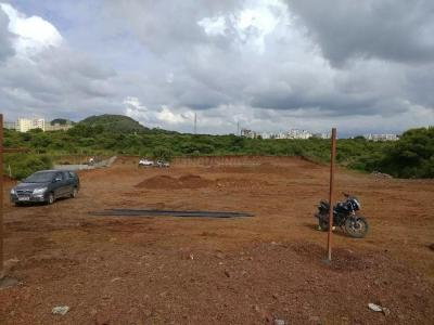 Gallery Cover Image of 975 Sq.ft Residential Plot for buy in Lohegaon for 1800000