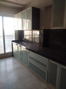 Gallery Cover Image of 2400 Sq.ft 4 BHK Apartment for rent in Olive Apparment, Santacruz East for 120000