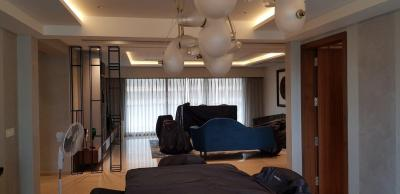 Gallery Cover Image of 6632 Sq.ft 5 BHK Apartment for rent in Sunteck Signia Isles, Bandra East for 650000