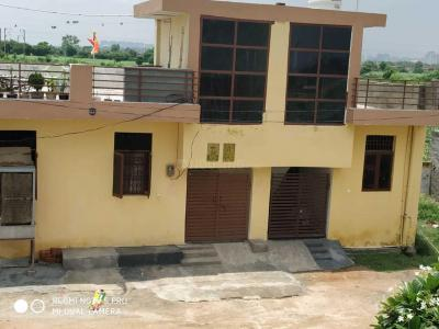Gallery Cover Image of 610 Sq.ft 1 BHK Independent House for buy in Chhapraula for 1345000