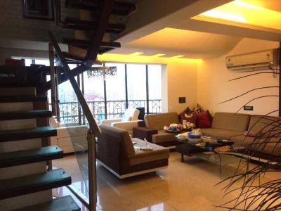 Gallery Cover Image of 2850 Sq.ft 3 BHK Independent Floor for buy in Sector 31 for 14700000