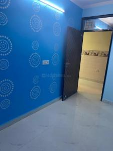 Gallery Cover Image of 550 Sq.ft 2 BHK Independent Floor for rent in Dwarka Mor for 8000