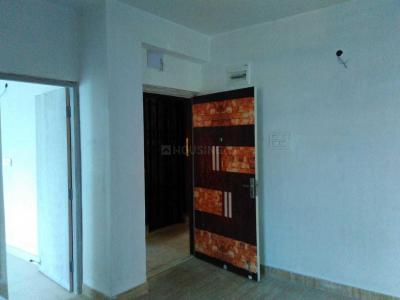 Gallery Cover Image of 810 Sq.ft 2 BHK Apartment for buy in South Dum Dum for 3350000