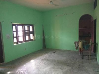 Gallery Cover Image of 1500 Sq.ft 2 BH Apartment for rent in Aya Nagar for 10000