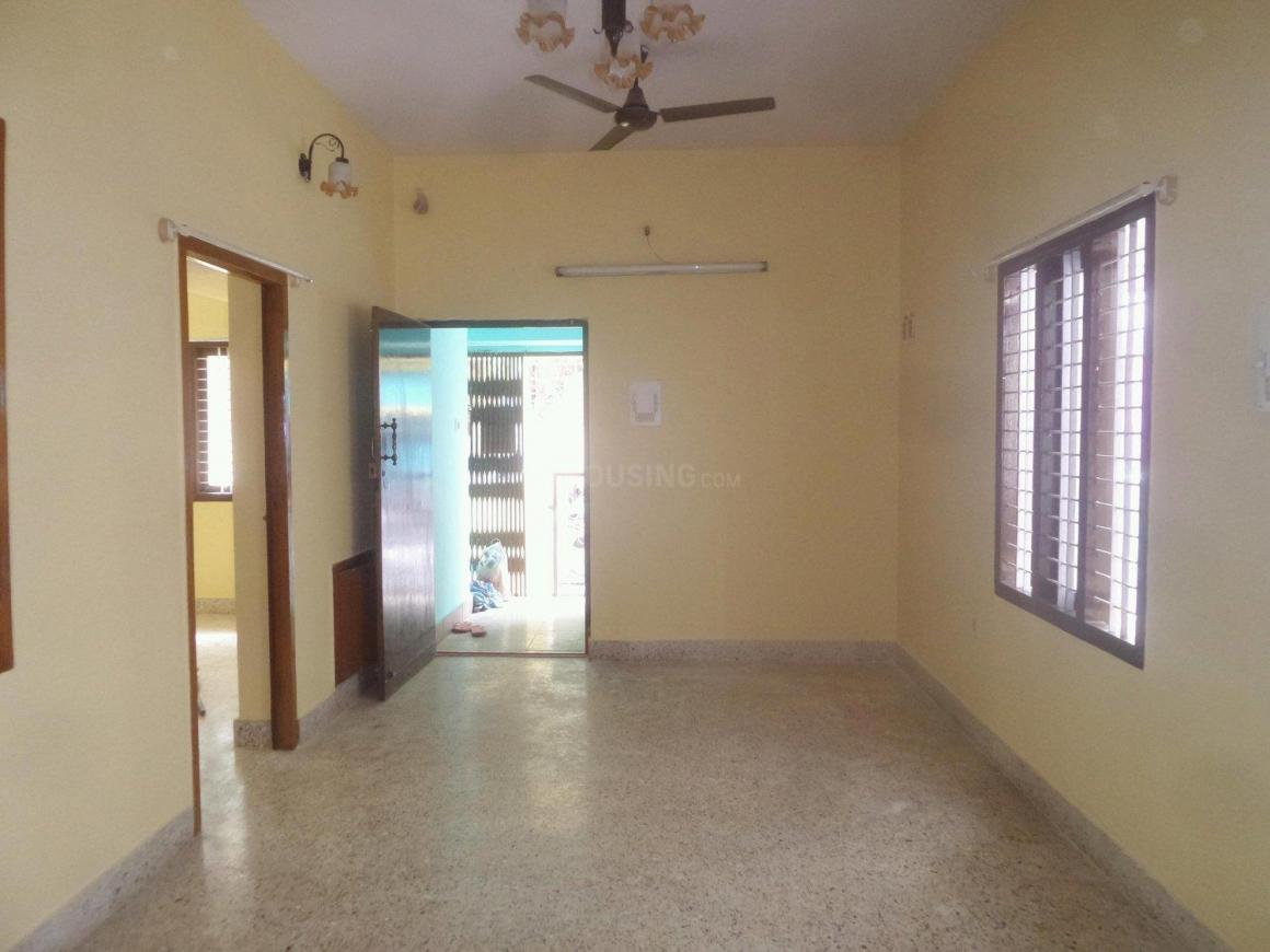 Living Room Image of 1250 Sq.ft 2 BHK Apartment for rent in Basaveshwara Nagar for 15000