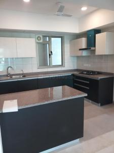 Gallery Cover Image of 3320 Sq.ft 4 BHK Apartment for rent in Sector 72 for 48000