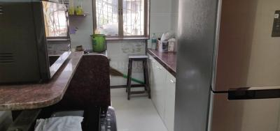 Gallery Cover Image of 650 Sq.ft 1 BHK Apartment for rent in Carter Apartment, Bandra West for 55000