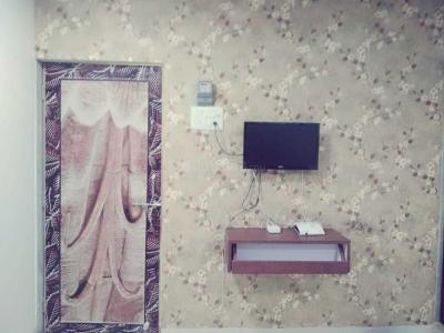Gallery Cover Image of 890 Sq.ft 2 BHK Apartment for rent in Andheri East for 7500