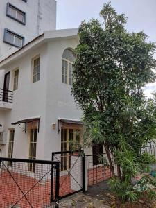 Gallery Cover Image of 1800 Sq.ft 3 BHK Villa for rent in Kaikondrahalli for 40000
