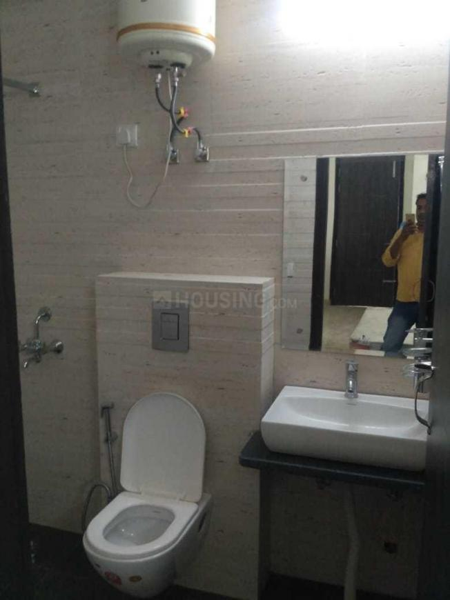 Bathroom Image of 2000 Sq.ft 3 BHK Independent Floor for rent in Sector 38 for 42000