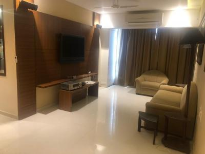 Gallery Cover Image of 956 Sq.ft 2 BHK Apartment for rent in Chembur for 43500