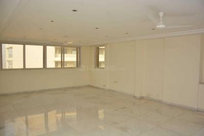 Gallery Cover Image of 4600 Sq.ft 4 BHK Apartment for rent in Bandra West for 700000