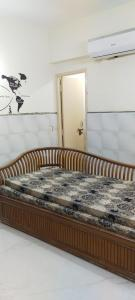 Gallery Cover Image of 250 Sq.ft 1 RK Apartment for buy in Conscient Heritage Max, Sector 102 for 900000