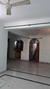 Gallery Cover Image of 1650 Sq.ft 3 BHK Apartment for rent in Sector 18 Dwarka for 24000