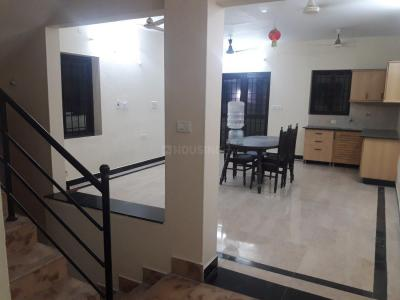 Gallery Cover Image of 1900 Sq.ft 3 BHK Villa for rent in Perungudi for 28500