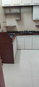 Gallery Cover Image of 910 Sq.ft 2 BHK Apartment for rent in Andheri West for 45000