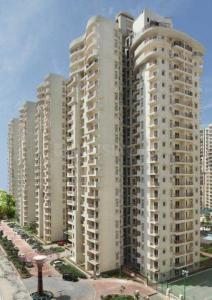 Gallery Cover Image of 1550 Sq.ft 3 BHK Apartment for buy in Mahagun Moderne, Sector 78 for 9500000