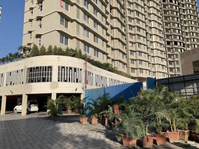 Gallery Cover Image of 1250 Sq.ft 3 BHK Apartment for buy in Dhaval Sunrise Charkop, Kandivali West for 19100000