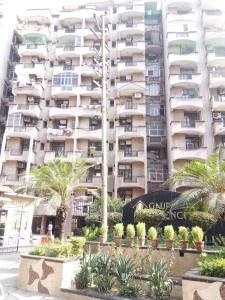 Gallery Cover Image of 1610 Sq.ft 3 BHK Apartment for rent in Vaibhav Khand for 17000