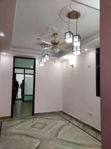 Gallery Cover Image of 875 Sq.ft 2 BHK Independent Floor for buy in Neb Sarai for 3400000