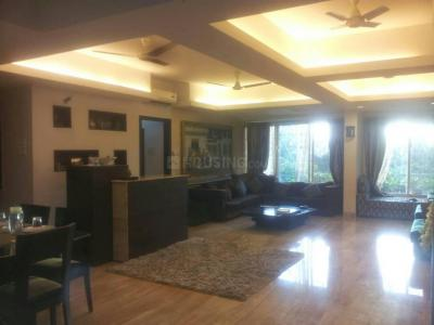 Gallery Cover Image of 2400 Sq.ft 5 BHK Independent House for buy in Santacruz West for 69000000