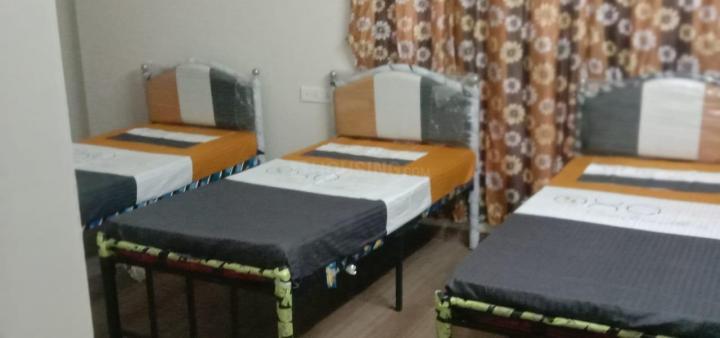 पवई में नो ब्रोकरेज पीजी के हॉल की तस्वीर