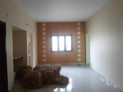 Gallery Cover Image of 1100 Sq.ft 2 BHK Apartment for rent in Nangainallur for 20000