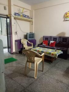 Gallery Cover Image of 600 Sq.ft 1 BHK Independent Floor for rent in Nyay Khand for 9000
