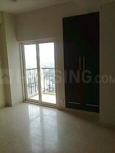 Gallery Cover Image of 1275 Sq.ft 3 BHK Apartment for rent in Mahagun Maple, Sector 50 for 24000