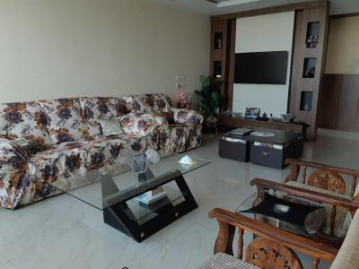 Gallery Cover Image of 1700 Sq.ft 4 BHK Apartment for rent in New Town for 42000