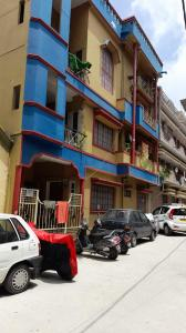 Gallery Cover Image of 1300 Sq.ft 3 BHK Apartment for rent in Neelasandra for 17000