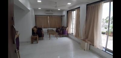 Gallery Cover Image of 2700 Sq.ft 3 BHK Apartment for rent in Andheri West for 160000