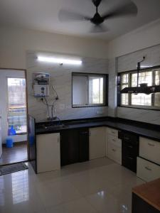 Gallery Cover Image of 1700 Sq.ft 3 BHK Apartment for rent in Swargate for 45000