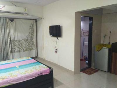 Gallery Cover Image of 400 Sq.ft 1 RK Apartment for rent in Diamond Isle I Apartment, Goregaon East for 16000