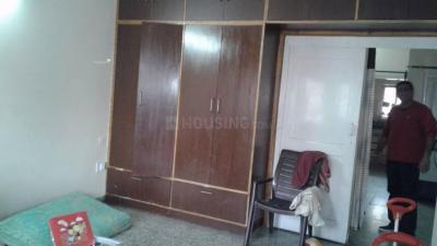 Gallery Cover Image of 800 Sq.ft 1 BHK Independent Floor for rent in Sector 10A for 10500