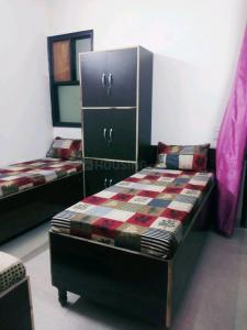 Bedroom Image of Girls PG In Laxmi Nager in Laxmi Nagar