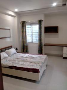 Gallery Cover Image of 870 Sq.ft 2 BHK Apartment for buy in R R Homes, Mehdipatnam for 5300000