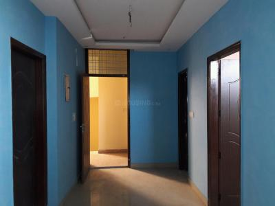 Gallery Cover Image of 600 Sq.ft 2 BHK Apartment for buy in Sector 105 for 2600000