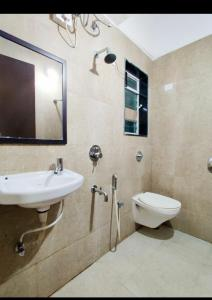 Bathroom Image of PG 4441896 Goregaon East in Goregaon East