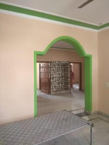Gallery Cover Image of 1700 Sq.ft 3 BHK Independent Floor for rent in Sector 10A for 19000