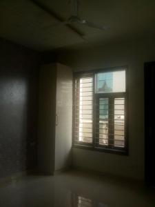 Gallery Cover Image of 1350 Sq.ft 2 BHK Apartment for rent in Sector 10 Dwarka for 23000