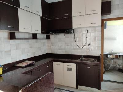 Gallery Cover Image of 1500 Sq.ft 3 BHK Apartment for rent in New Town Society, New Town for 20000
