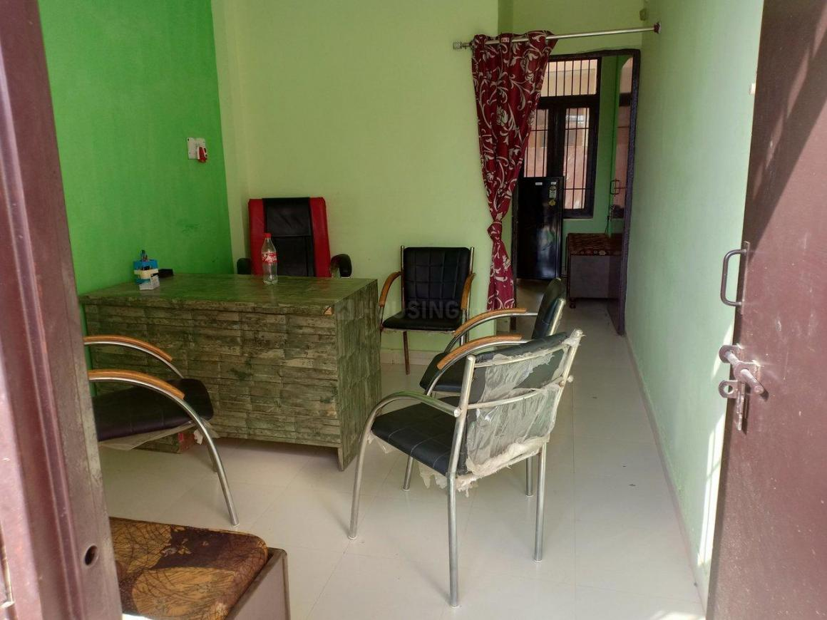 Living Room Image of 540 Sq.ft 1 BHK Apartment for buy in Sector 81 for 650000