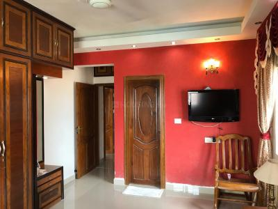 Gallery Cover Image of 1380 Sq.ft 3 BHK Apartment for rent in Jadavpur for 60000