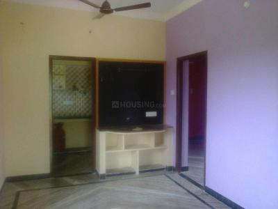 Gallery Cover Image of 800 Sq.ft 2 BHK Independent House for rent in Attipattu for 6000