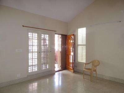 Gallery Cover Image of 2000 Sq.ft 3 BHK Independent House for rent in J. P. Nagar for 32000